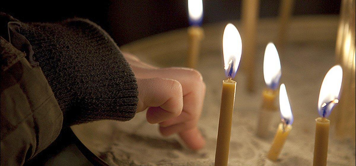 белый заговор церковные свечи