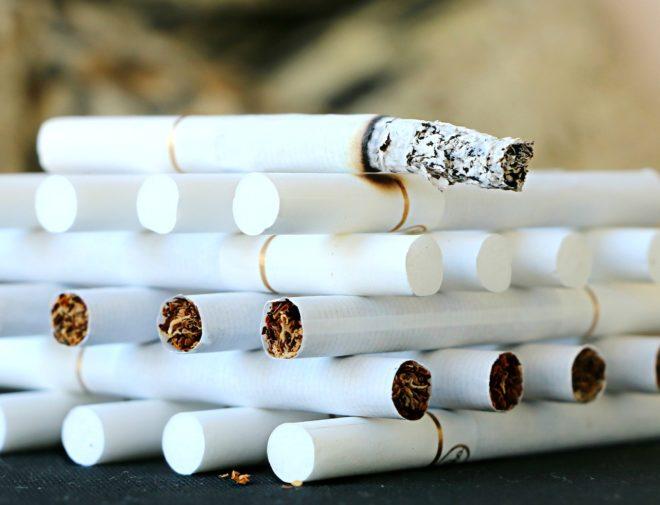 башня из сигарет