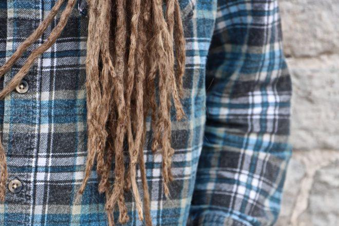 волосы заплетенные в косу
