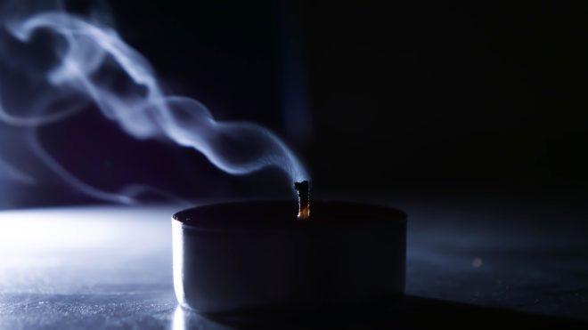 потухшая свеча